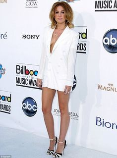 Miley Cyrus - Thoughts on her outfit?