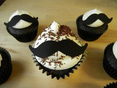A Mustache Party or Stache Bash is a great way to celebrate any occasion. Moustache Cupcakes, Mustache Cake, Mustache Party, Mustache Theme, Cupcake Cookies, Man Cupcakes, Birthday Cupcakes, Cute Food, Amazing Cakes