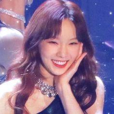 Seohyun, Snsd, Taeyeon Songs, Girls Generation, Kpop Girl Groups, Kpop Girls, Taeyeon Tumblr, K Pop, Taeyeon Wallpapers