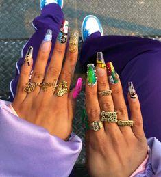 fashion meets women's streetwear. Fire Nails, Garra, Manicure E Pedicure, Nagel Gel, Gorgeous Nails, Nail Inspo, Trendy Nails, Nails On Fleek, Long Nails
