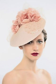 I really do adore the work by Alexandra Harper Millinery.  I was first introduced to Alexandra's work by Dale Olsson of 'The Hat Box' in Br...