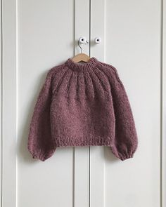 Anna's Summer Cardigan Sunday Sweater Junior Baby Sweater Knitting Pattern, Sweater Knitting Patterns, Cardigan Pattern, Knitting Designs, Knit Patterns, Knitting Stitches, Girls Sweaters, Baby Sweaters, Knitted Bunnies
