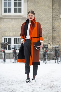 Orange you glad she added some wow-factor color? Source: Le 21ème | Adam Katz Sinding 2 / 51