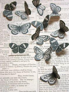 Impressão em livros antigos - freebie Borboletas