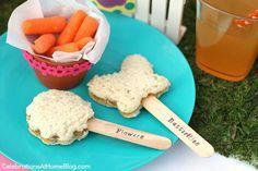 put carrots in mini pot - cute lunch idea!