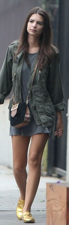 Emily Ratajkowski wearing Purse – Burberry  Shoes – Gucci  sunglasses – Garrett Leight