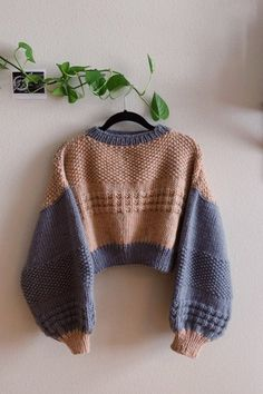 Sweater Knitting Patterns, Knit Patterns, Knit Fashion, Look Fashion, Crochet Clothes, Diy Clothes, Cute Crochet, Knit Crochet, Estilo Harajuku