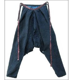 monpe: work pants | cotton: handspun & handwoven | indigo dye | sashiko stitiching | Japan | c. 1900-'50