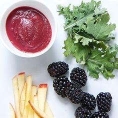 + Kale + Apple Puree This Blackberry + Kale + Apple Puree is like a vitamin party for baby.This Blackberry + Kale + Apple Puree is like a vitamin party for baby. Pureed Food Recipes, Baby Food Recipes, Healthy Recipes, Baby Bullet Recipes, Frugal Recipes, Toddler Meals, Kids Meals, Toddler Food, Apple Baby Food