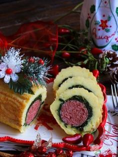 Food C, Romanian Food, Xmas Food, Fish Dishes, Antipasto, Finger Foods, Food To Make, Cheesecake, Food And Drink