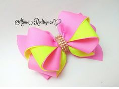 🎀Laço Liz🎀 - YouTube Ribbon Hair Bows, Diy Hair Bows, Diy Ribbon, Ribbon Flower Tutorial, Hair Bow Tutorial, Boutique Hair Bows, Making Hair Bows, How To Make Ribbon, Diy Hair Accessories