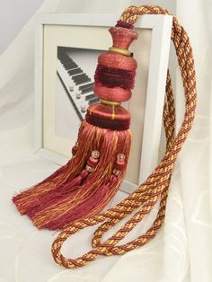 7 Colors QYM31 Polyester Curtain Tassel Tie Backs in Red Color