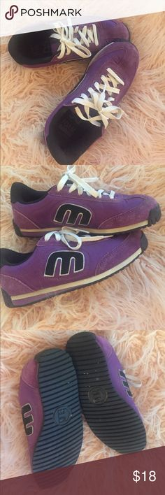 0081f72c8a Purple woman s Etnies skate shoe Good condition size 8