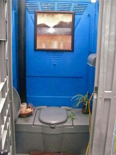 this is a friends port-a-potty that she decorated up while her bathroom is being remodeled Family Bbq, Home Wedding, Wedding Ideas, Amazing Architecture, Ranch Weddings, Home Appliances, Rustic, Crafty, Cool Stuff