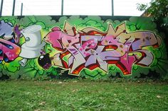 Pest / Walls Graffiti. Get thousands of graffiti text ideas from our blogs.