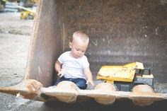 Morceau Photography child photography | boys | construction