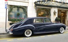 Rolls-Royce Phantom V by James Young to design PV22Z, the only one built.