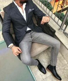 Look At These Men's Jackets. Discover some great mens fashion. With so much style for men to choose from these days, it can be a time consuming experience. Great Mens Fashion, Mens Fashion Suits, Mens Suits, Mens Smart Casual Fashion, Fashion Tips, Smart Casual Menswear, Fashion Fashion, Fashion Ideas, Fashion Beauty