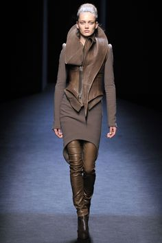 Haider Ackermann - Fall Winter 2010/2011 Ready-To-Wear - Shows - Vogue.it
