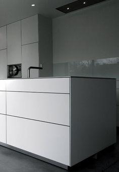 bulthaup kitchen. #bulthaup #kitchen #modernkitchens