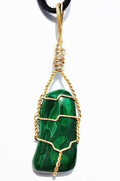 Beautiful Wire Wrapped Green MALACHITE Stone ~ Healing Crystal Pendant Necklace ~ Heart Chakra ~ Reiki Infused MS51615