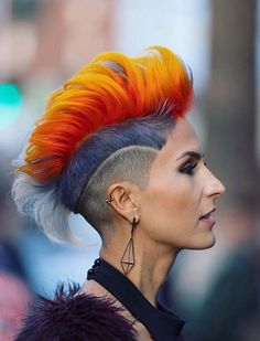 55 Superb Summer Hair Color Ideas for Short Hair 2018 Related Short Hair Lengths, Short Hair Cuts, Short Hair Styles, Undercut Hairstyles Women, Hairstyle Men, Summer Hairstyles, Cool Hairstyles, Pelo Multicolor, Short Hair Trends
