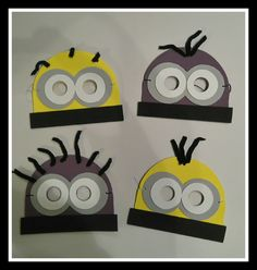 Scrapbook y manualidades varias Minions, 7th Birthday, Your Pet, Cricut, Costumes, How To Make, Sewing, School, Baby