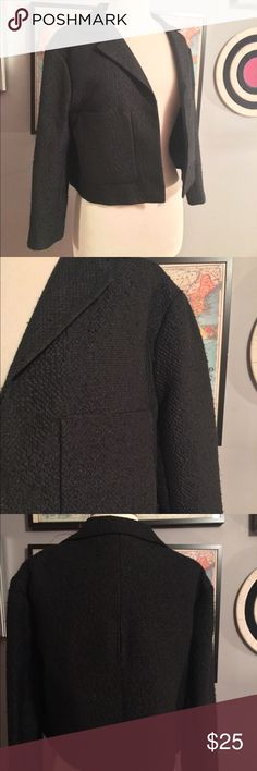 Topshop Black Boxy Blazer Black boxy blazer in loose woven fabric (see close-up photo). Large top-applied pockets for media storage. Sleeves have loose fit as well. Worn twice. Good condition- shows a little wear on fabric (see photo). Smoke free home. Topshop Jackets & Coats Blazers