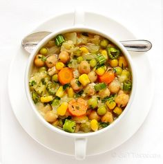 Chickpea and Cabbage Soup - a light dish when you need a break from concentrated food - diettaste.com
