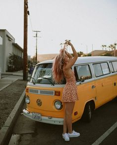 Get Behind These Vintage Inspired Fashion Trends Right Now! Get Behind These Vintage Inspired Fashion Trends Right Now!s und Camper Roller Vintage industrial style decor trends […] life photography dreams