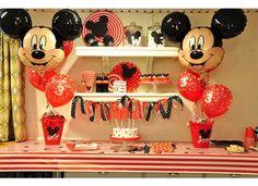 Fiesta Mickey Mouse - ideas de decoración con globos de látex y metalizados.