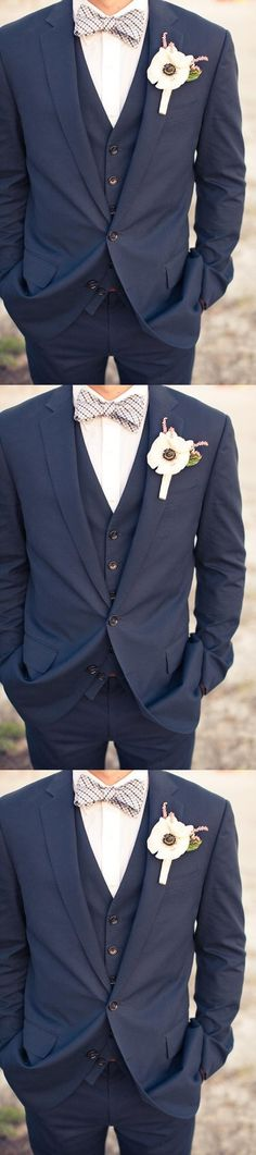 One Buttons Navy Blue Groom Tuxedos Notch Lapel Groomsmen Men Wedding Tuxedos Dinner Prom Suits ( jacket+Pant+vest+tie)