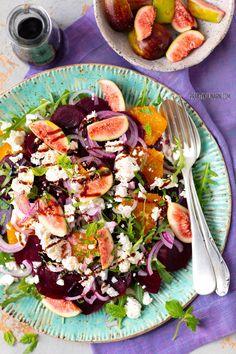 Sałatka z burakami, pomarańczami i fetą - praktykulinarni Plat Simple, Cobb Salad, Feta, Tacos, Lunch, Ethnic Recipes, Impreza, Eating Organic, Eating Healthy