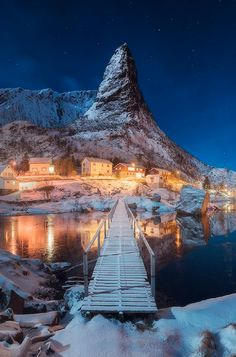 Lofoten, Norway This srsly looks like it came out of an RPG.  Why don't I live in a magical fantasy world place?!?
