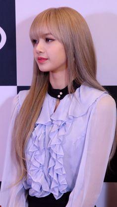 Kpop Girl Groups, Kpop Girls, Youtube Blackpink, Lisa Blackpink Wallpaper, Jhene Aiko, Everything And Nothing, Jennie, Blackpink Fashion, The Most Beautiful Girl