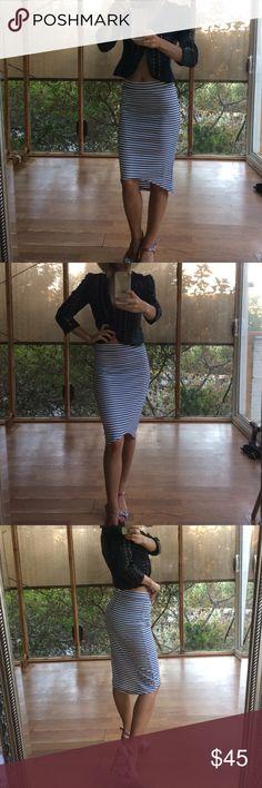 Midi skirt classy midi stripped skirt by G. Brand new, never worn G by Guess Skirts Midi