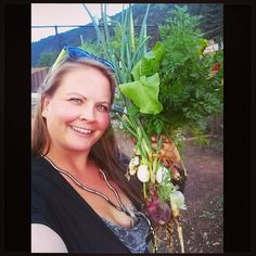tonight's dinner brought to you by plot 28 of the Idaho Springs community garden. You reap what you sow! Onions, beet, carrots, rainbow chard, lettuce, dill, and cilantro.  #edibleplants #growyourown #vegetables #herbs #fromseed #rootvegetables #organic #communitygarden #garden #mountaingarden #idahosprings #coloradogrown #eatlocal #botanicalinterests #foodisfree #directsow #plantselfie #selfieswithplants #Padgram