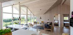 Klassisk sommerhus med unik beliggenhed og udsigt Home Technology, My House, Conference Room, Divider, Elegant, Table, Inspiration, Furniture, Home Decor