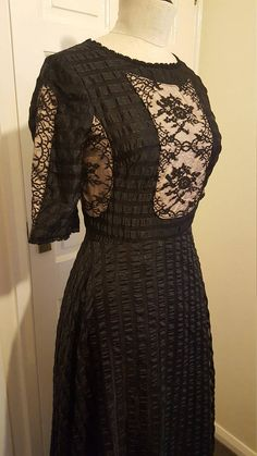 Check out this item in my Etsy shop https://www.etsy.com/uk/listing/582340332/1970s-jean-varon-black-lace-victorian