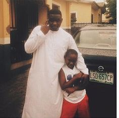 Who knew he had a grown son, looks likes him?  Former Mo'hits singer Wande Coal is finally shared the photo of his son for the first time after many years after he was given birth to.