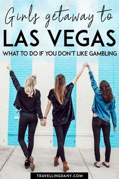 Are you planning a girls getaway? Read this guide to the best things to do in Las Vegas during the day! Info on the best shows in Las Vegas and what to do in Las Vegas for free! | #LasVegas #Nevada