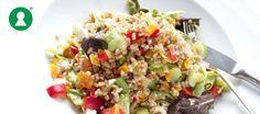 Salat med hvedekerner, kylling og grønt