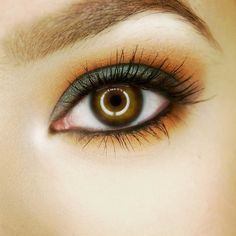 "teal  orange smokey eye   FACE:  1) @lauragellerbeauty ""Porcelain"" Balance-n-Brighten  2) @wetnwildbeauty ""Reserve Your Cabana"" Color Icon Bronzer (highlight)  EYES:  1) @tartecosmetics Clean Slate 360 Creaseless Eye Primer  2) @makeupgeekcosmetics ""Secret Garden"" duochrome eyeshadow on lid (with a little Fix ) & ""Chickadee"" eyeshadow blended in crease and smudged under eye 3) @coastalscents ""Oktoberfest"" & ""Oatmeal Tan"" eyeshadow 4) @lauragellerbeauty ""Fortifying Lashes"" Eyelash Primer  5)…"