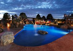20 Romantic Residential Pools for Private Relaxation