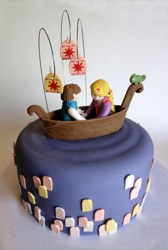 Cake idea for Rapunzel Party but without the creepy figures just a plain boat Tangled Birthday Party, Birthday Cake Girls, Tangled Wedding, Birthday Parties, Cupcakes, Cupcake Cakes, Rapunzel Flynn, Boat Cake, Ariel Cake