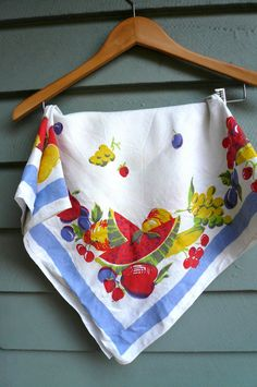 1940s tablecloths | Vintage 1940s Fruit Printed Tablecloth by LunaParkVintage on Etsy