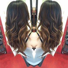tilestwra.com | Μπαλαγιάζ: Η τεχνική βαφής μαλλιών που κάνει θραύση! Δείτε 10 καταπληκτικά δείγματα.