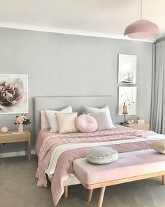 Actually we can find many ideas related to pink bedrooms. But if too many ideas also make us dizzy to choose it. So we decided to choose some pink bedroom ideas that might inspire you. Pink Bedroom Design, Pastel Bedroom, Pink Bedrooms, Bedroom Green, Silver Bedroom, Bed Design, Small Bedroom Colours, Colourful Bedroom, Pink Bedroom Walls