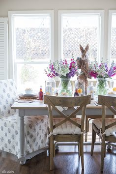 Easter Entertaining Tablescape