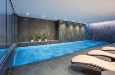 бассейн в частном доме в Англии